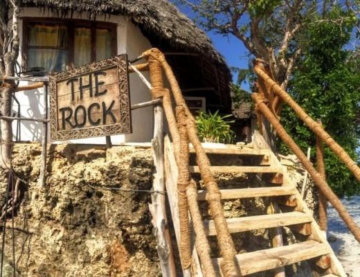 zanzibar-the-rock-restaurant-insolite