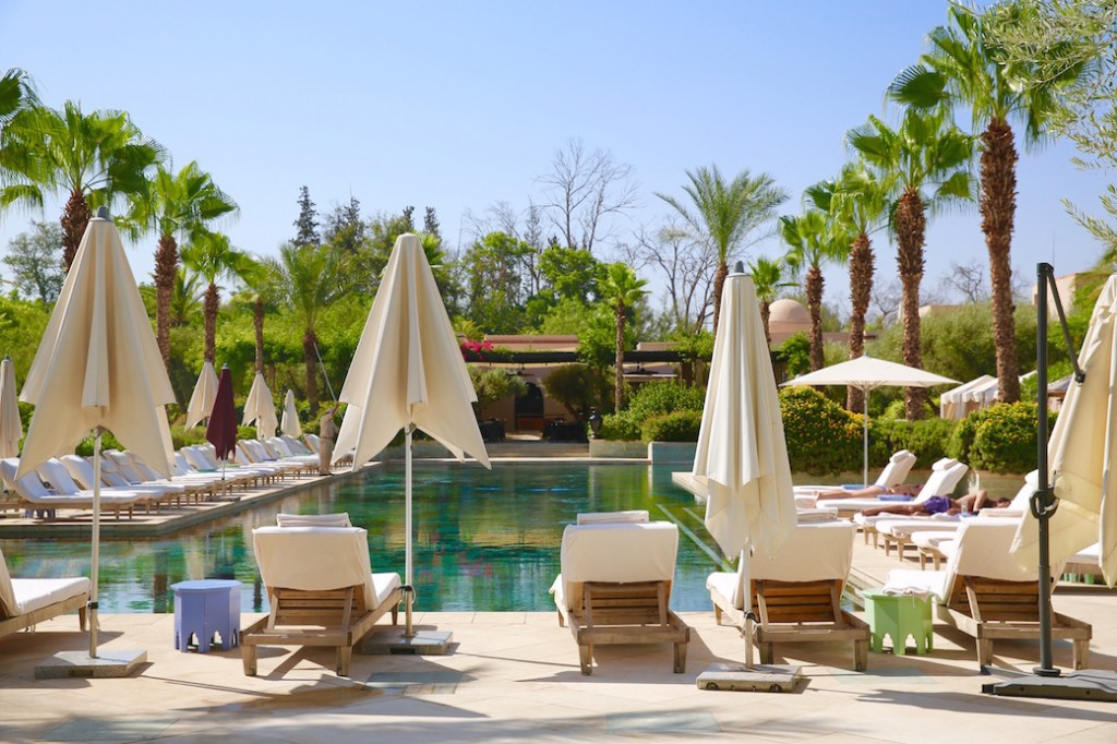 four-seasons-marrakech-piscine-exploratrices