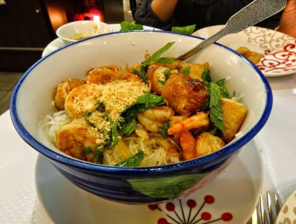 Paris Restaurant Le Petit Saigon