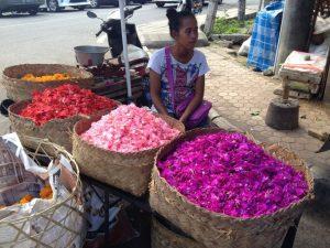 marché aux fleurs à ubud
