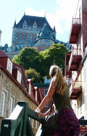 quartier-petit-champlain-vue-sur-chateau-frontenac-quebec