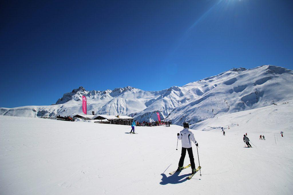 valmorel-voile-du-nant-et-vue-montagnes