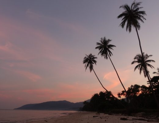 les-exploratrices-khanom-sunset-pink-sky