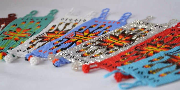 les-exploratrices-hiilos-bracelets-manchettes-perles
