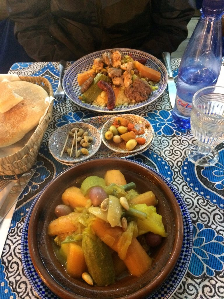 les-exploratrices-maroc-fes-plat-restaurant