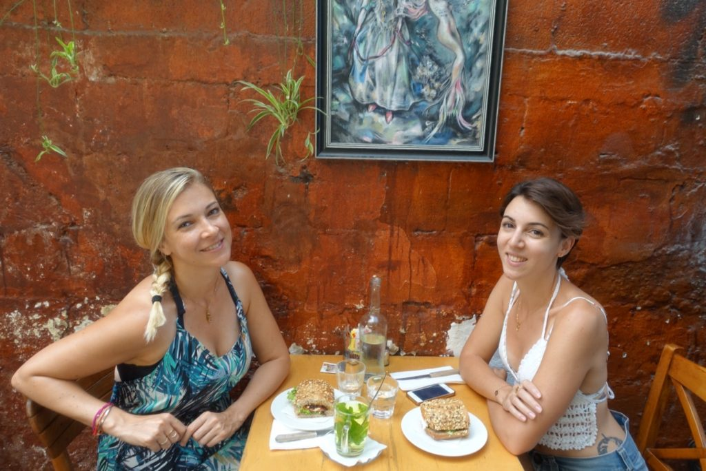 les-exploratrices-tel-aviv-bonnes-adresses-florentin-casbah-cafe-ornella-fanny