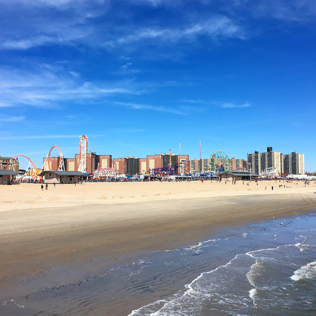comment-explorer-nyc-les-exploratrices-coney-island