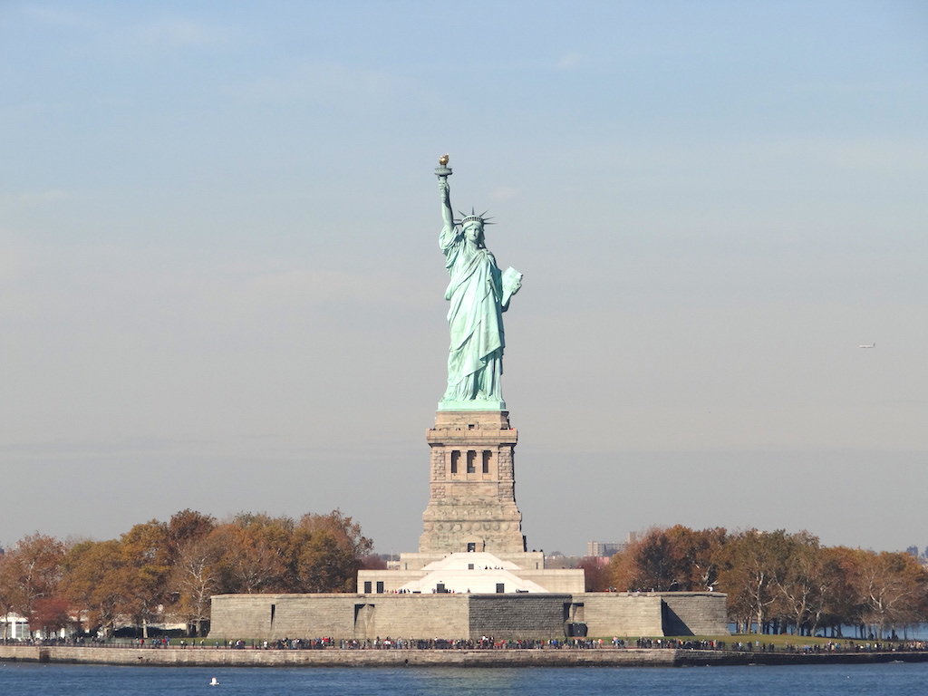 comment-explorer-nyc-statue-liberty