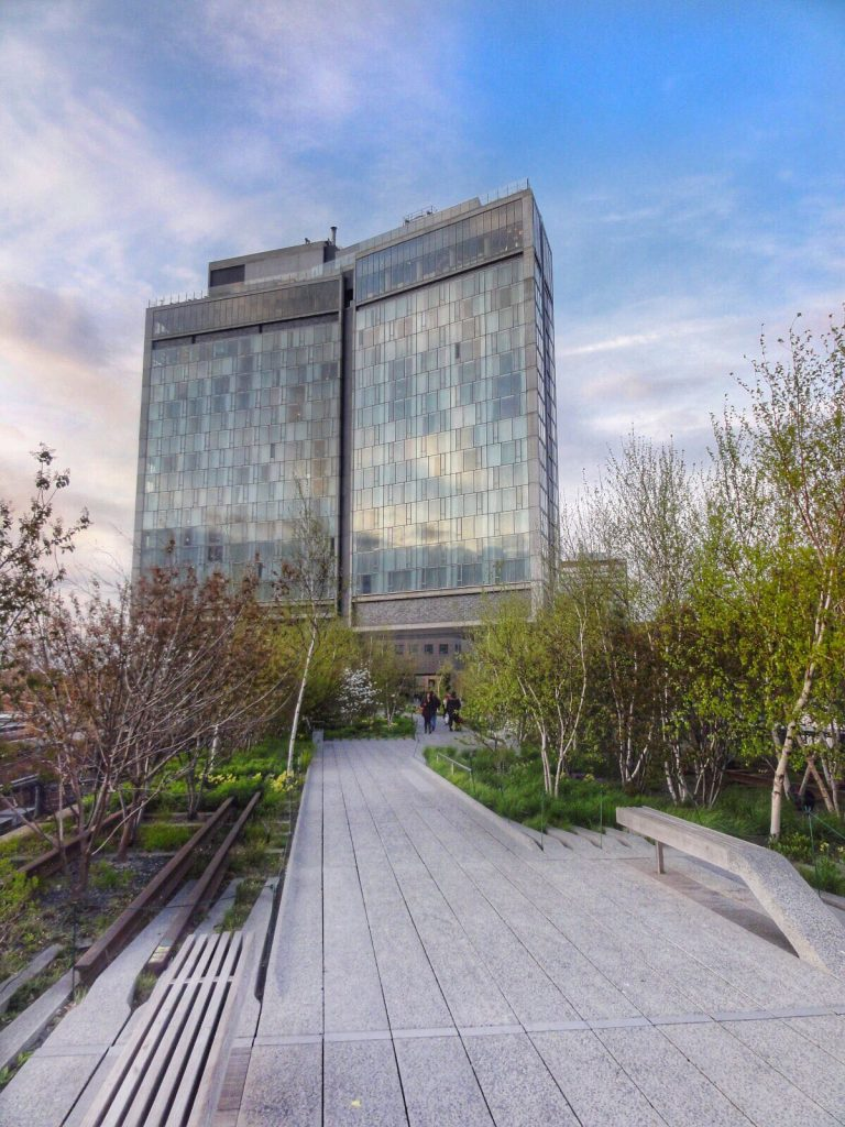 les-exploratrices-nyc-high-line-standard-hotel