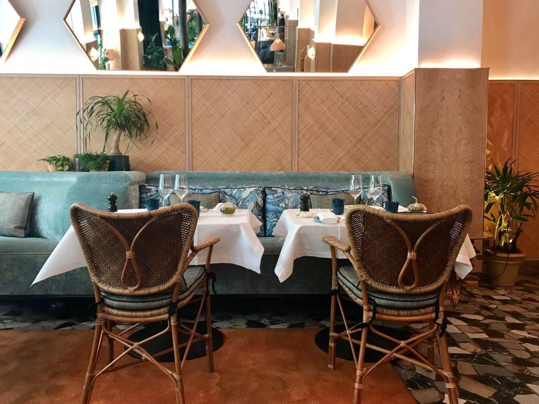 Divellec Restaurant De Poissons Dans Un Cadre Jungle Chic