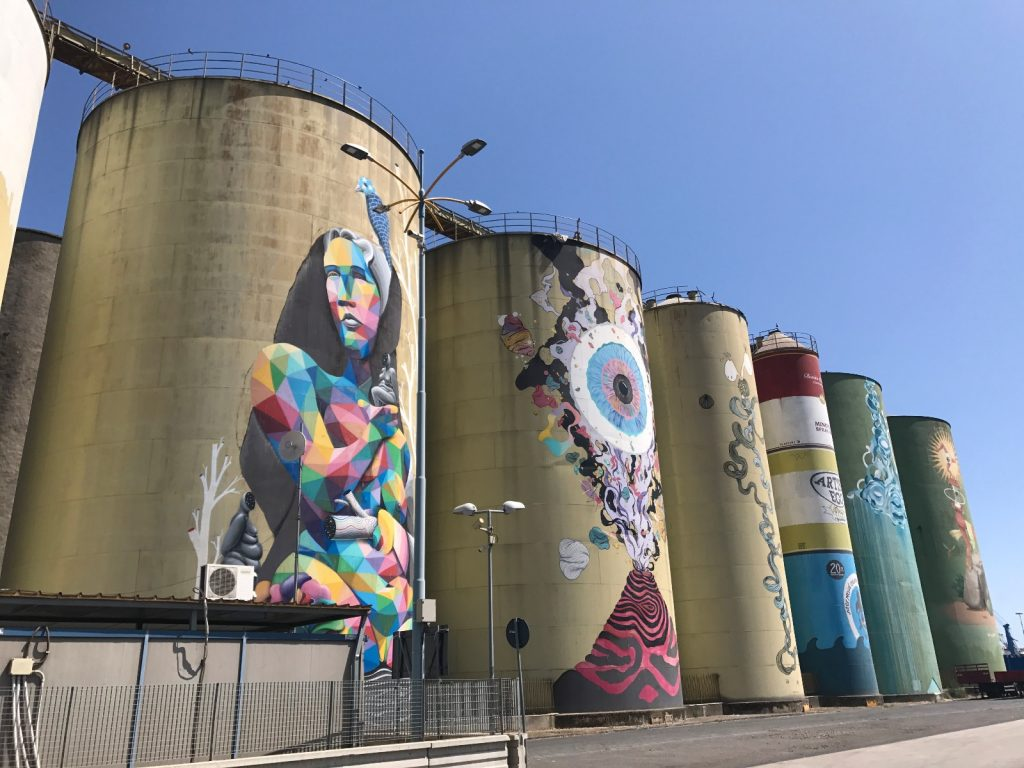 les-exploratrices-roadtrip-sicile-catane-port-silos-street-art-nord-est