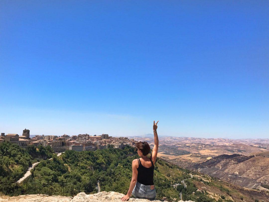 les-exploratrices-roadtrip-sicile-enna-fanny