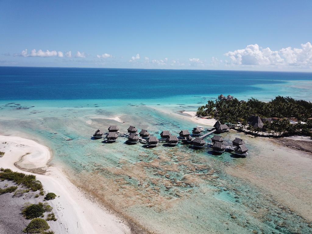 tikehau-pearl-beach-resort-bungalows