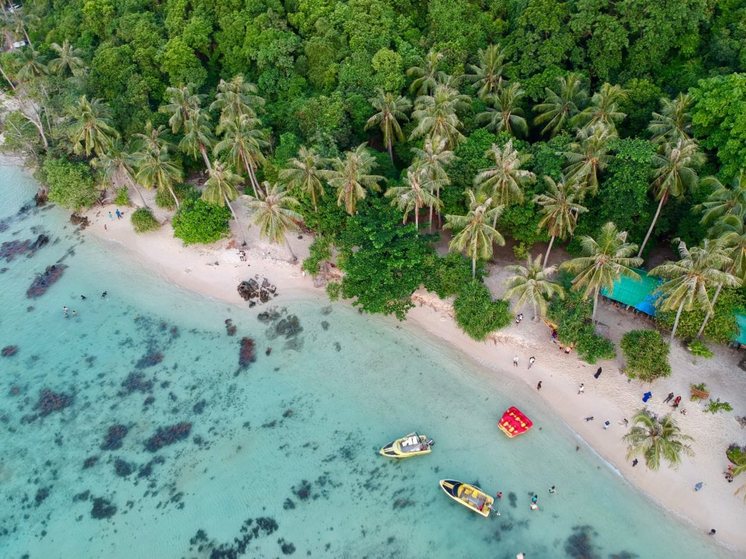 découvrez l'archipel paradisiaque des karimunjawa au nord de java central