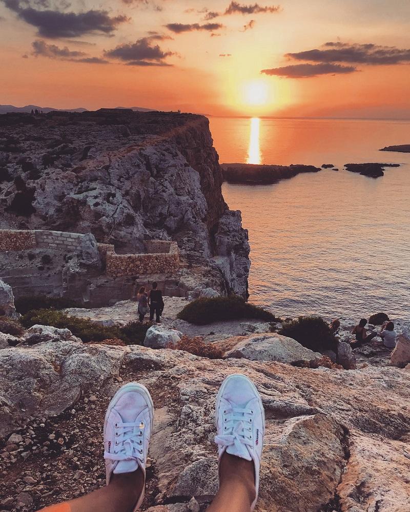 sunset lors d'un roadtrip sur l'île de minorque