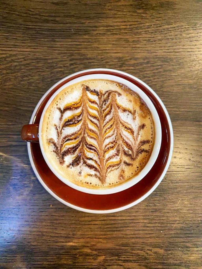 ailleurs-qu-ici-cappuccino