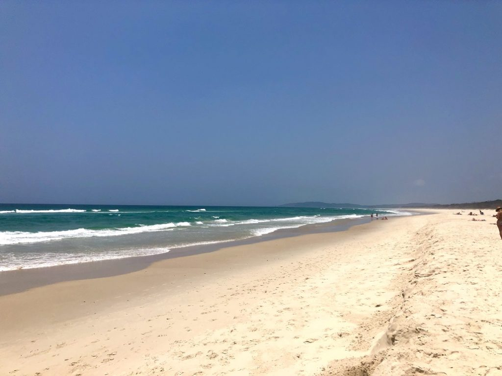 Une des plages les plus connues à Byron Bay, sur la Côte Est de l'Australie