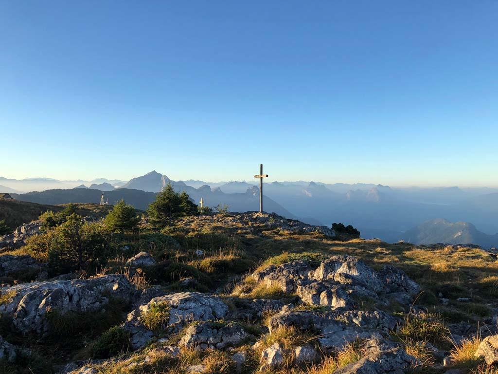 randonnée savoie mont blanc parmelan croix sommet