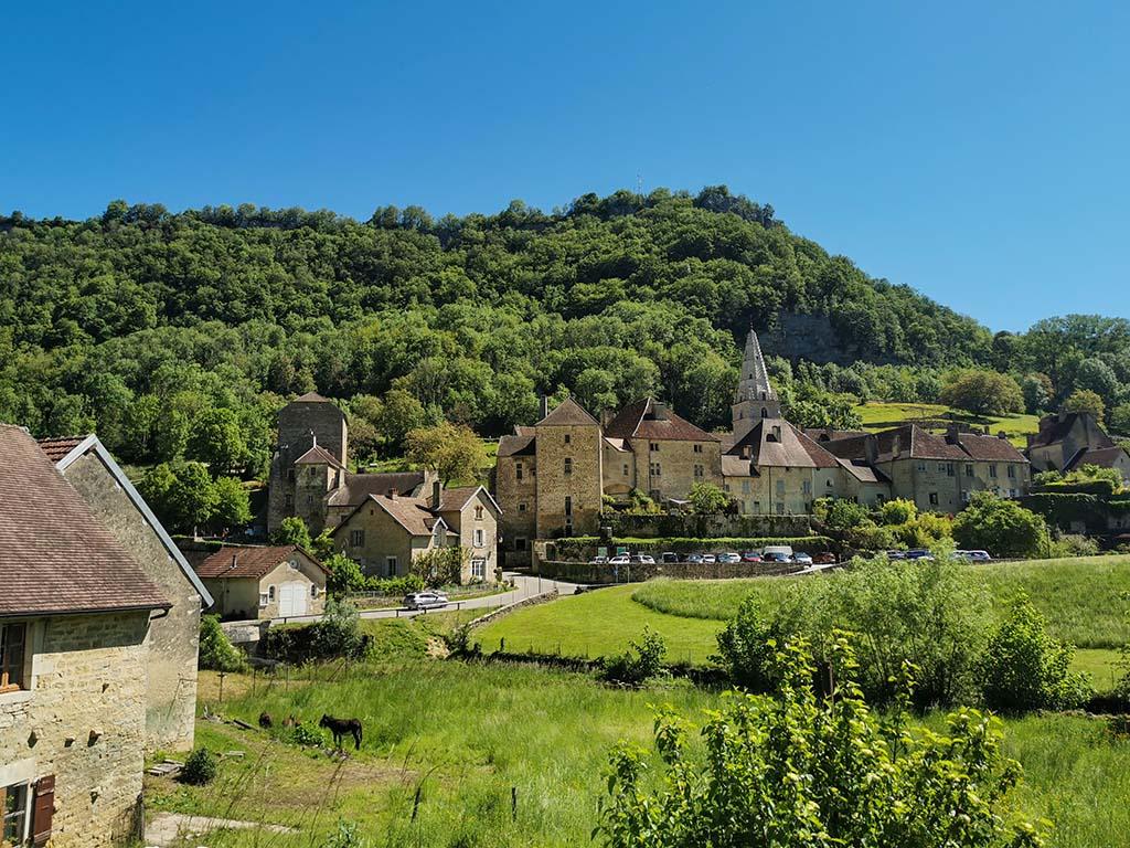 plus beaux village de france baume-les-messieurs