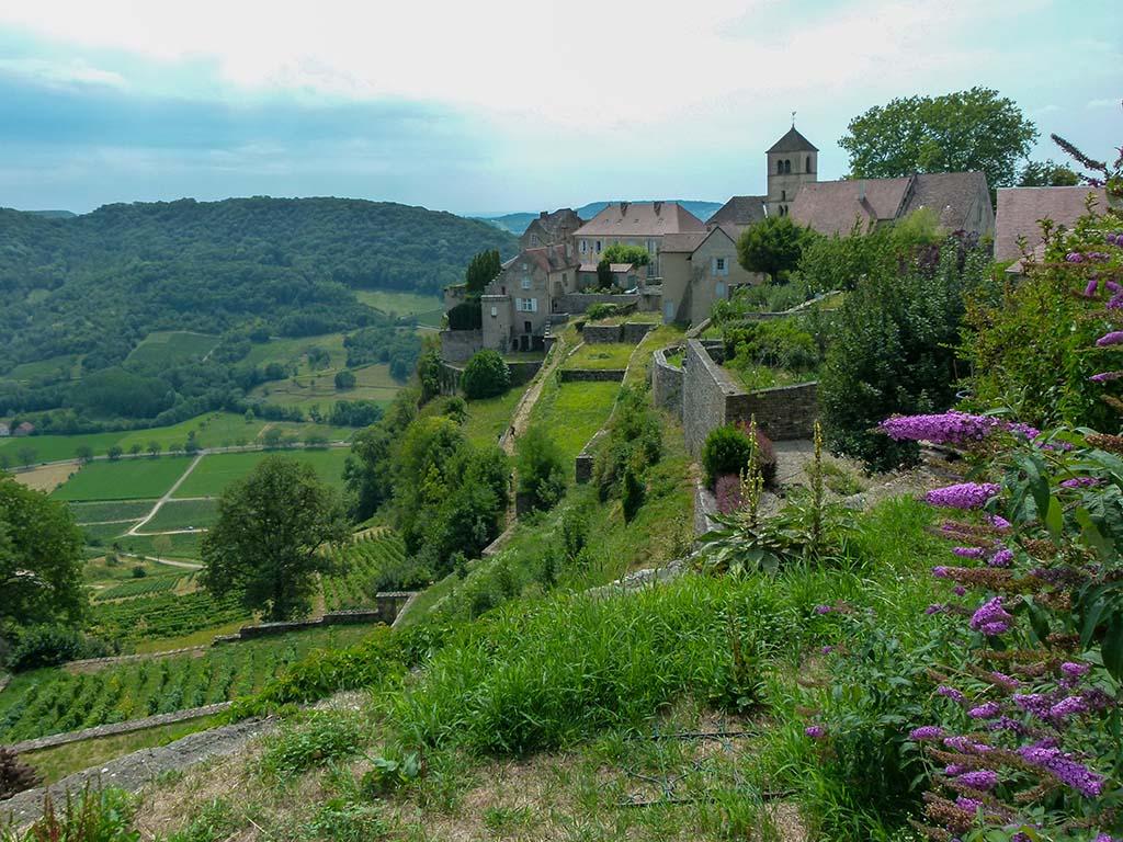 chateau-chalon plus beaux village de france vin jaune